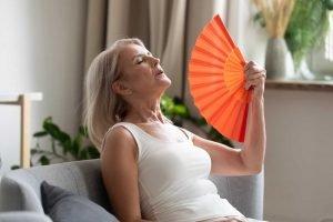alimentazione in menopausa allevia tuoi disturbi mangiando